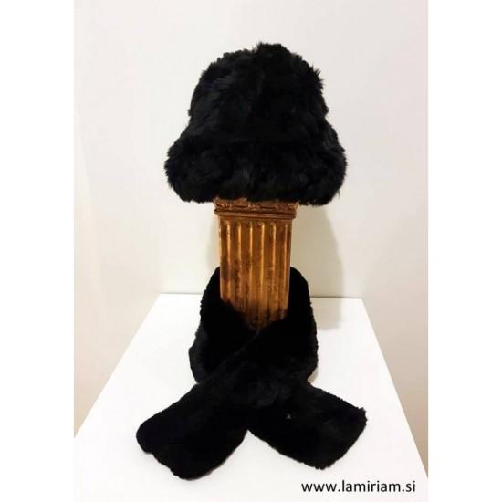 Komplet kapa in šal črna KŠ101